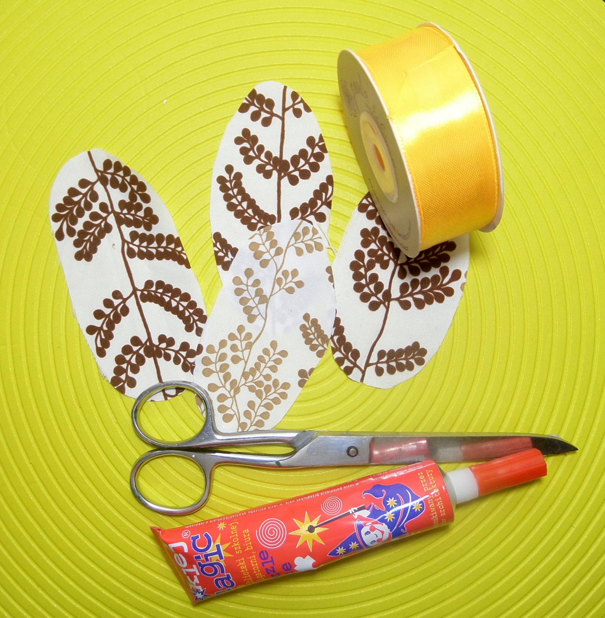 Skrawek materiału - wytnij w formie jaja